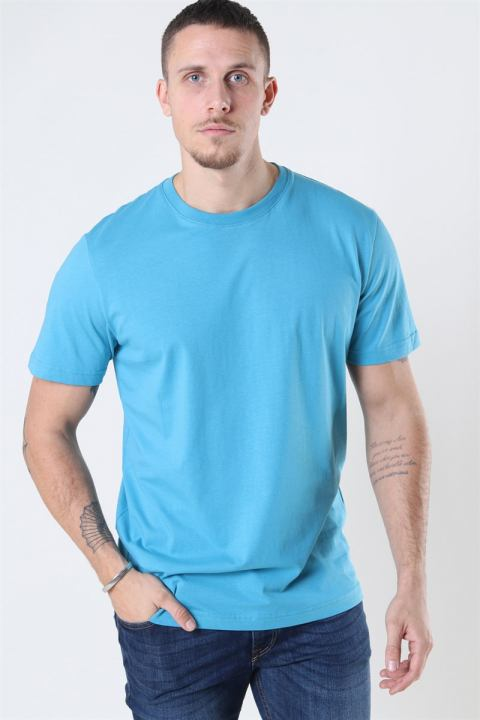 Køb Selected Norman 180 SS O-Neck T-shirt Bluejay