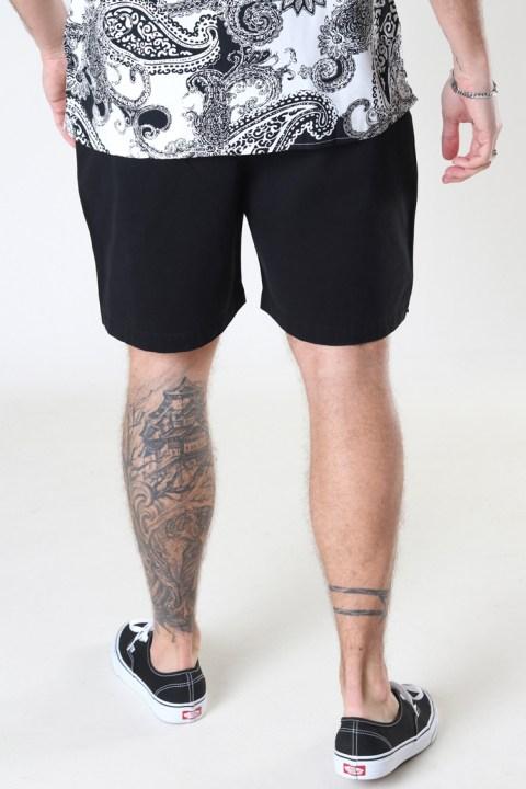 Woodbird Bommy Hoxen Shorts Black