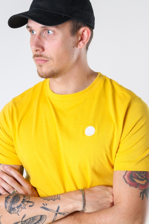 Kronstadt Timmi Organic/Recycled tee Yellow