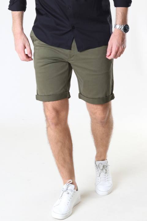Tailored & Originals 7193106, Shorts - Rockcliffe Ivy Green