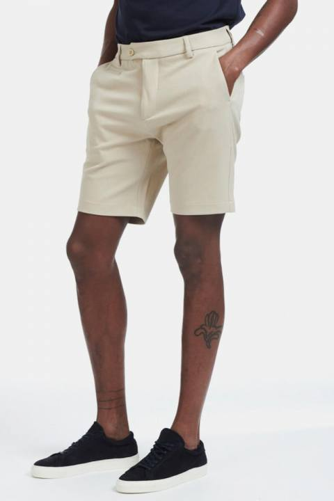 Les Deux Como Shorts Khaki
