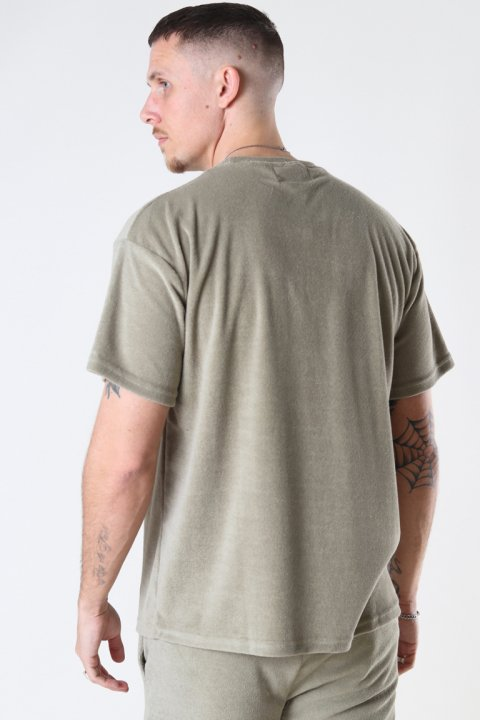 Just Junkies Frot Tee 890 Olive