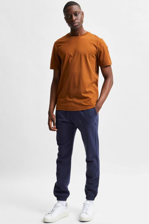 Selected SLHNORMAN180 SS O-NECK TEE S NOOS Monks Robe